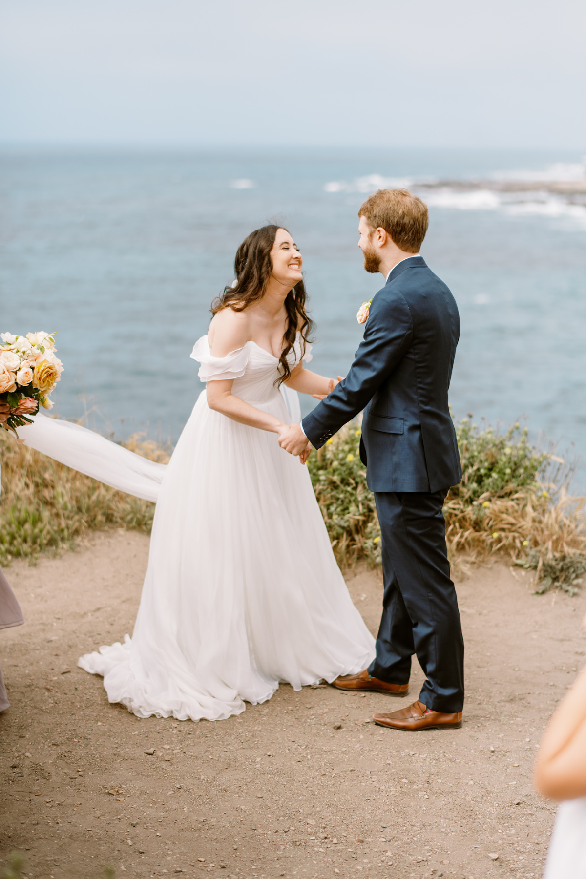 bride and groom at montana de oro